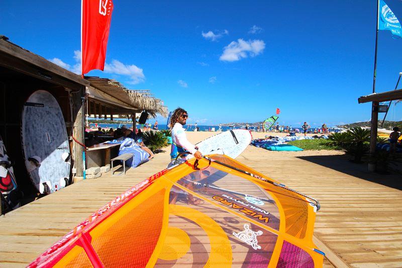 Windsurfen Sardinien Porto Pollo Windsurfaub Windsurfreisen
